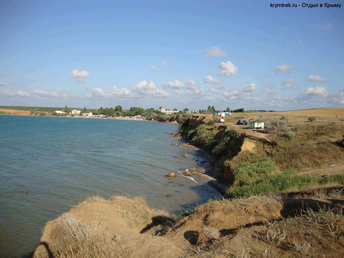 Пляж в поселке Угловое