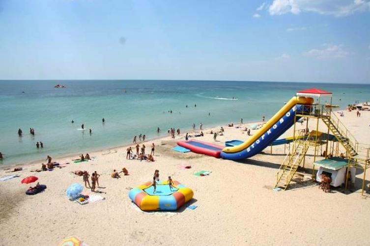 Пляжи Крыма песочные - Пляж Штормовое