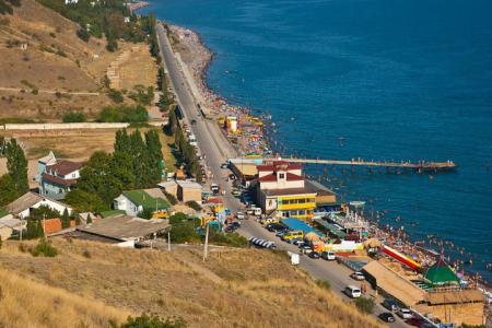 Сними жильё в частном секторе в Крыму в поселке Морское и сэкономь бюджет своей поездки!