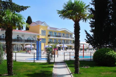 Гостиницы Алушты – незабываемый отдых круглый год