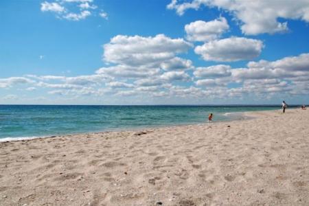 Отдых на западном побережье полуострова Крым