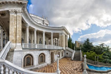 Архитектурные, исторические, природные памятники Крымского полуострова