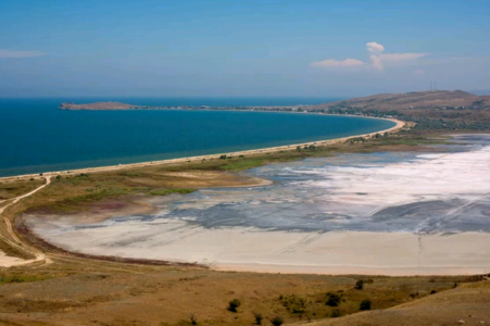 Чокрак — озеро у моря