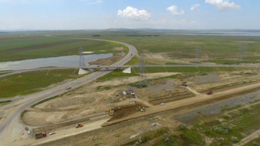 Крымскій мостъ 4К: Строящаяся развязка у Ахтанизовскаго лимана на Тамани