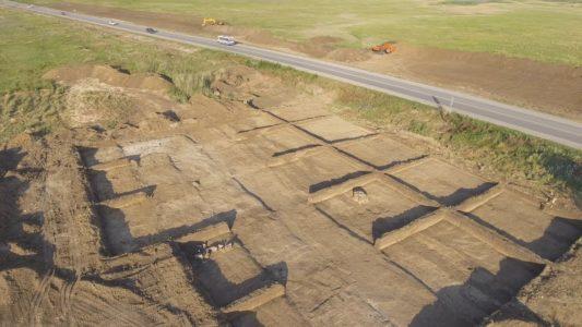 Крымский мости 4K: Строительство автоподходов, раскопки у Горностаевки